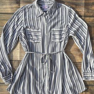 Isabel Maternity Gray White Striped Button…